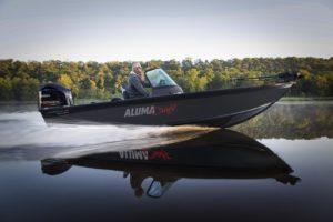 Bateau de pêche Alumacraft